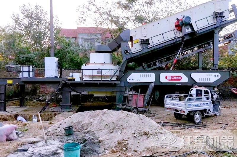 小型移动制砂机工作现场图片