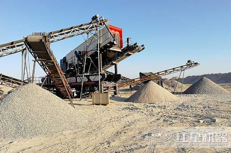 保定客户移动制砂机工作现场